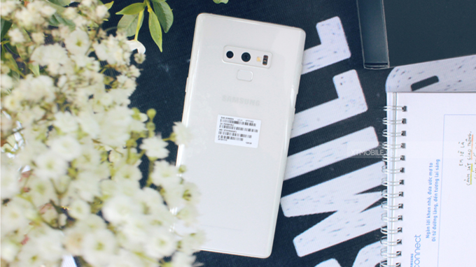 Galaxy Note 9 màu trắng mang đến vẻ đẹp thuần khiết cho người dùng
