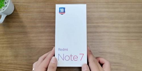 Redmi Note 7 đã có khả năng kháng nước với thiết kế gioăng cao su