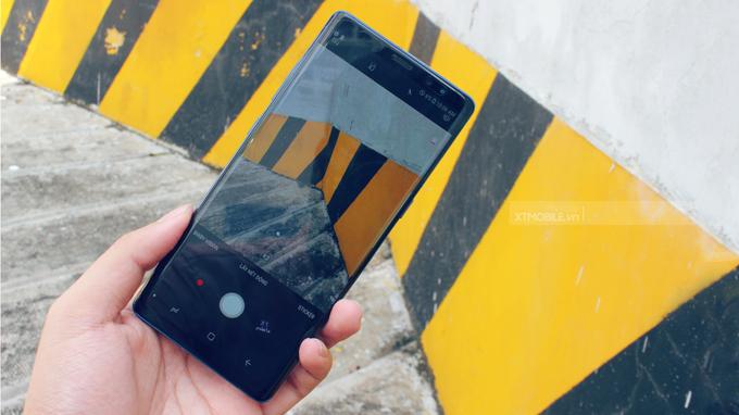 """Samsung đã có sự nâng cấp """"nhẹ"""" từ 5MP lên 8MP"""