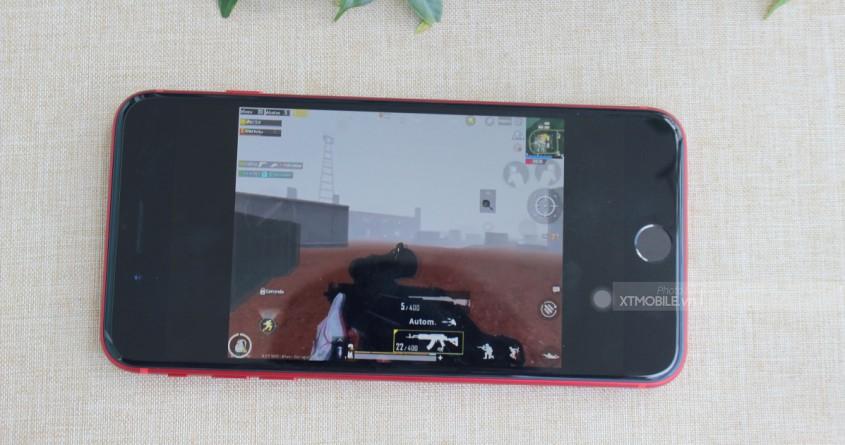 iPhone 8 Plus màu đỏ xách tay giảm hơn 5 triệu, sức hút có giảm theo?