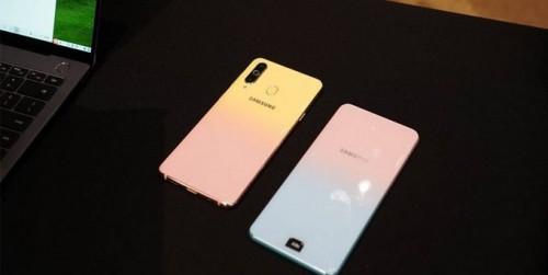 Galaxy A8s FE với mặt lưng đổi màu sẽ ra mắt vào 'ngày lễ tình nhân'