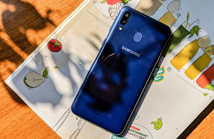 Camera Galaxy M20 khá trọn vẹn về thông số và phần mềm