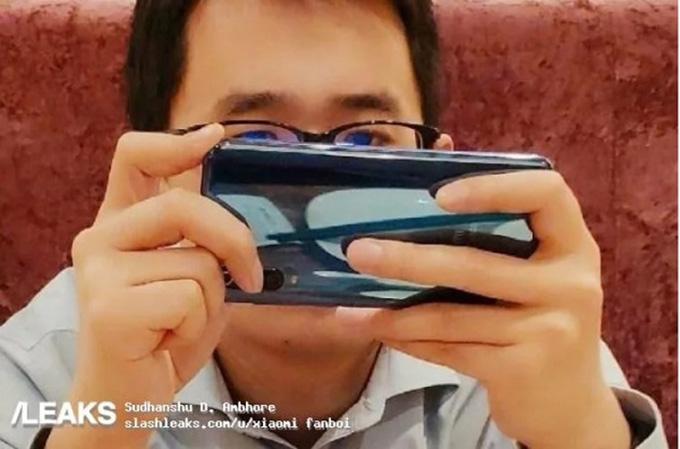 Hình ảnh Xiaomi Mi 9 ngoài đời thực đã được lộ diện