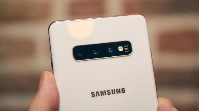 Cụm camera 3 mắt trên Galaxy S10