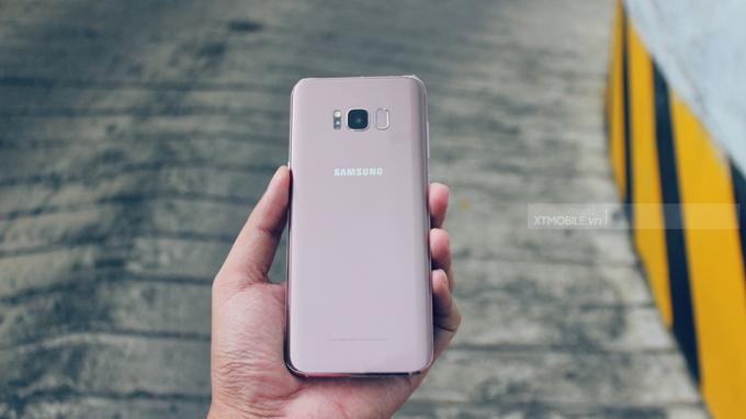 Galaxy S8 và Galaxy S8 Plus tiếp được sở hữu sang trọng, bóng bẩy