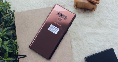 So sánh Galaxy S10 Plus và Note 9: Có nên từ bỏ bút S-Pen để trải nghiệm cảm biến trong màn hình