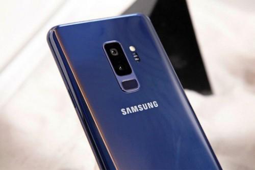Trên tay Galaxy S9 Plus 256 GB bản Hàn màu xanh ấn tượng