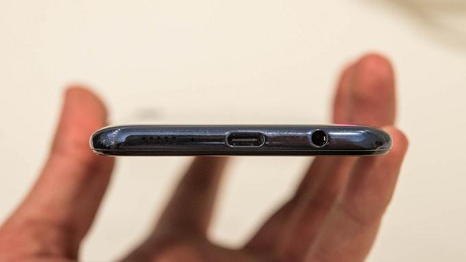 Cổng USB Type C trên Galaxy A50