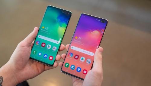 Mua ngay Galaxy S10, S10 Plus chính hãng hay chờ bản xách tay?
