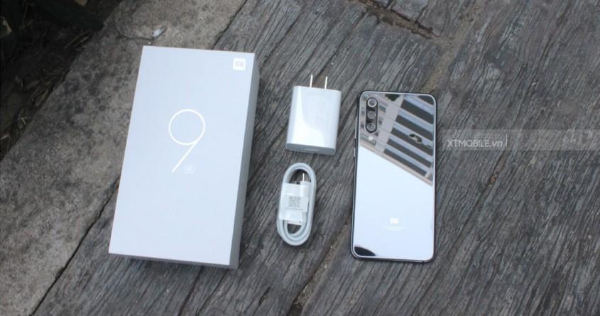 Mở hộp và trên tay Xiaomi Mi 9 SE giá hơn 9 triệu vừa lên kệ XTmobile