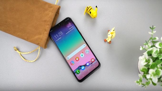 Galaxy M20 sở hữu màn hình Full HD 6.3 inch, chạy chip xử lý Exynos 7904