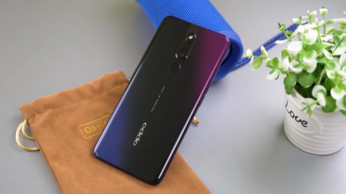Điện thoại Oppo F11 Pro được trang bị dung lượng pin khá lớn lên đến 4000 mAh