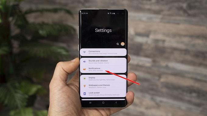 Hướng dẫn cài đặt hiển thị % pin trên Galaxy S10, S10 Plus và S10e