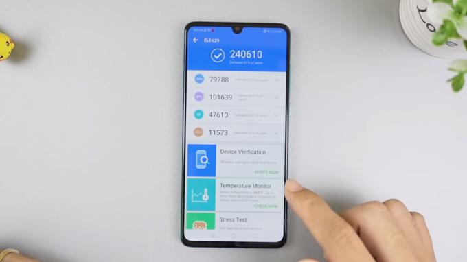 Mua Huawei P30 giá rẻ bạn sẽ được trải nghiệm hiệu năng ổn định, mượt mà