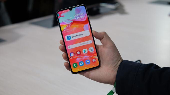 Galaxy A70 sở hữu màn hình lớn 6,7 inch