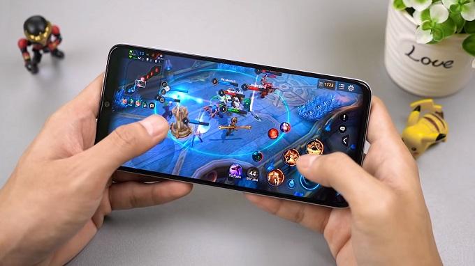 Galaxy A70 được trang bị cấu hình mạnh mẽ, pin lên tới 4500mAh