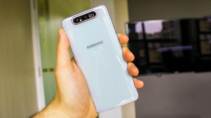 Galaxy A80 sở hữu hệ thống camera