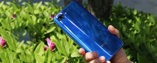Huawei bán thành công hơn 1 triệu chiếc Honor 10 tại Trung Quốc
