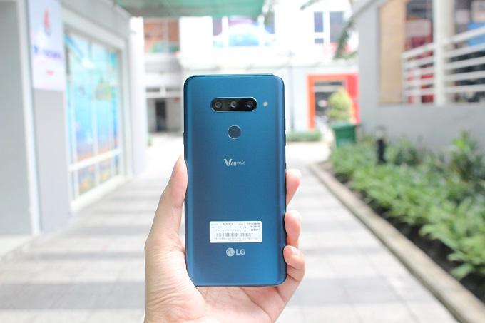 LG V40 ThinQ 128GB cũ có cấu hình mạnh mẽ
