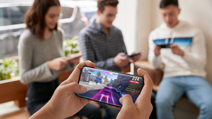 cấu hình OnePlus 7 Pro được trang bị con chip mạnh mẽ nhất là Snapdragon 855