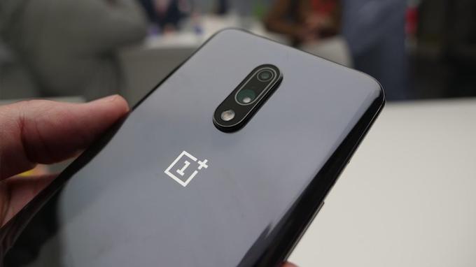 OnePlus 7 vẫn được trang bị camera kép ấn tượng