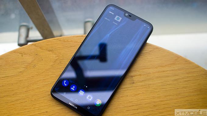 mặt trước Nokia X6 - xtmobile