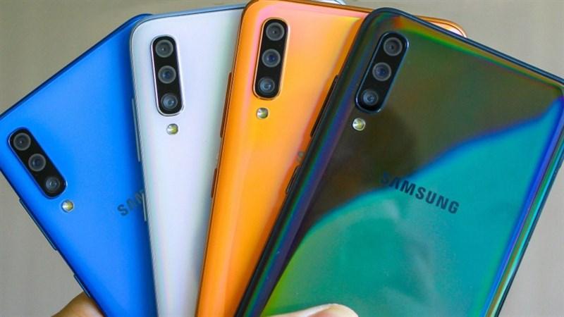 Galaxy A70s sẽ có 3 tùy chọn màu sắc đó là Đen, Trắng và Tím hoa oải hương