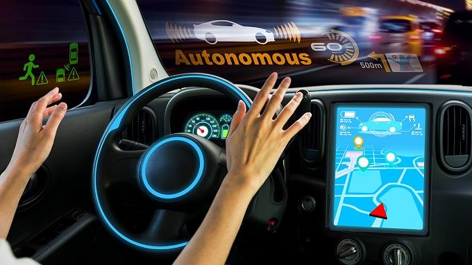 Mọi thông tin lái xe sẽ hiển thị nhanh, chính xác