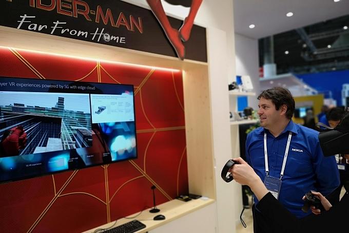 Chơi các trò chơi VR cực đã với mạng 5G