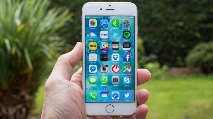 Có nên cập nhật iOS 15 cho iPhone 6S không