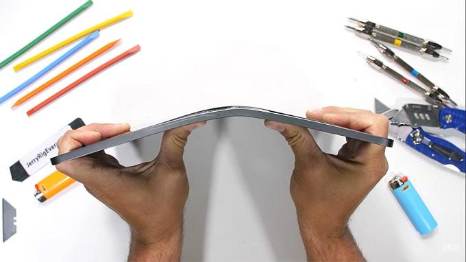 iPad Pro 12.9 inch 2021 không dễ gãy như các đời tiền nhiệm