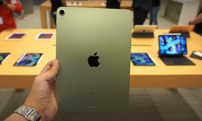 iPad Air 4 (2020) 256GB Wifi được trang bị 1 ống kính có độ phân giải 12MP