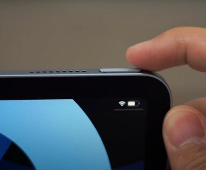 iPad Air 4 được tích hợp tính năng nhận diện vân tay vào chung với nút nguồn.