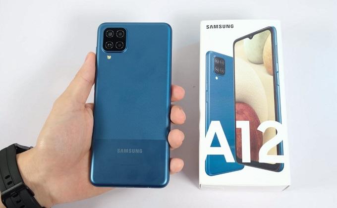 Cấu hình Galaxy A12 cũng được đánh giá cao khi đi cùng chip MediaTek Helio G35 8 nhâ