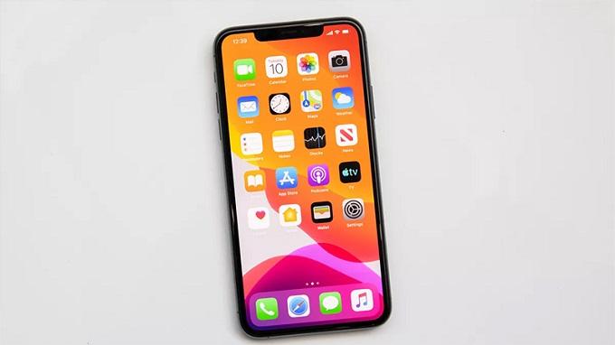 Màn hình iPhone 12 có kích thước 5.7 inch