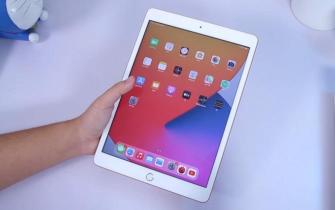 iPad Gen 8 32GB 4G được trang bị màn hình Retina thay vì chỉ là LCD như trên các thế hệ trước đó