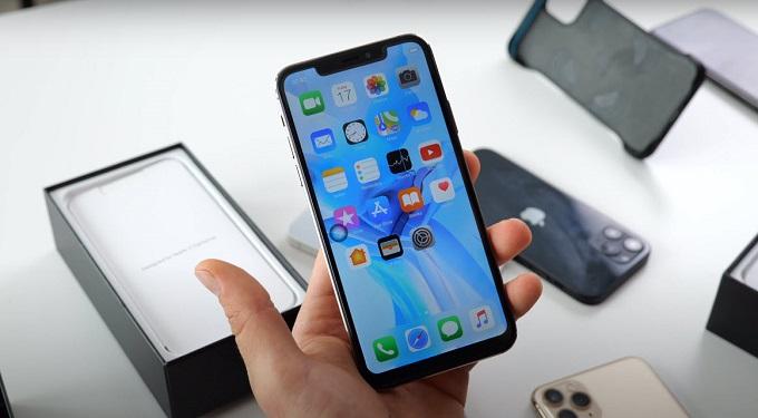 Màn hình iPhone 12 Pro Max 512GB VN/A được trang bị tấm nền Super Retina XDR 6.7 inch