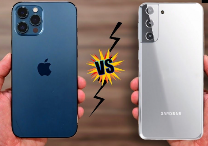 So sánh Galaxy S21 vs iPhone 12 về thiết kế