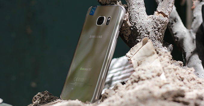 trung-tuyen-dai-hoc-nen-mua-smartphone-nao-tu-thuong-cho-ban-than-11