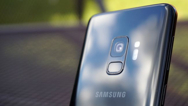 Samsung-Galaxy-S9-Ban-My-Manh-me-trong-tam-gia-Xtmobile-5