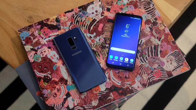 Galaxy-s9-plus-so-huu-thiet-ke-hai-mat-kinh-sang-trong-xtmobile