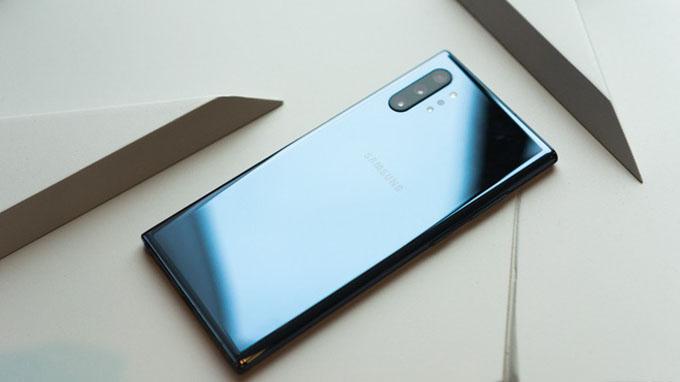 Note 10 Plus cũ sở hữu viên pin khá lớn 4.300 mAh