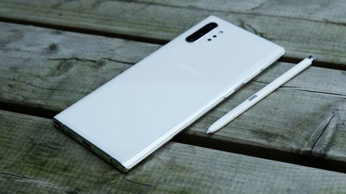 thiết kế Galaxy Note 10 Plus cũ khá đẹp mắt