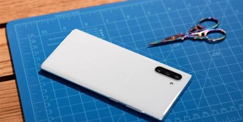 Galaxy Note 10 Plus sở hữu sạc thần tốc, sạc đầy chỉ 70 phút