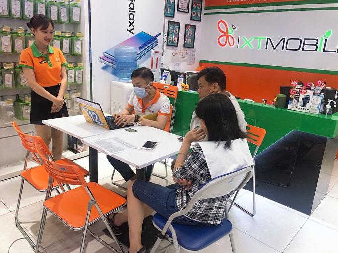 Phối hợp với nhân viên kỹ thuật nhằm chăm sóc khách hàng tại XTmobile