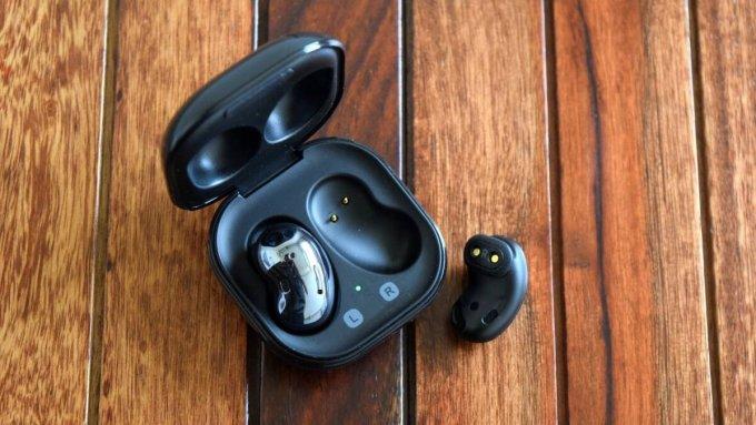 Thiết kế in-ear cho Galaxy Buds Pro khả năng cách âm lớn hơn