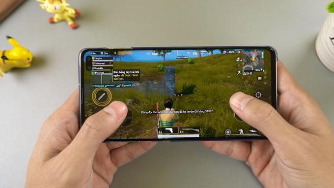 Galaxy S10 Plus 512GB giá rẻ đều chiến đấu mượt mà các game ở cấu hình cao nhất