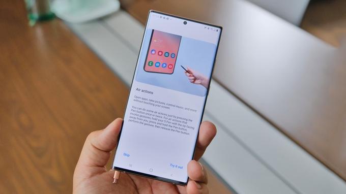 Bút S-Pen trên Galaxy Note 20 Ultra mang đến tốc độ trễ chỉ 9ms