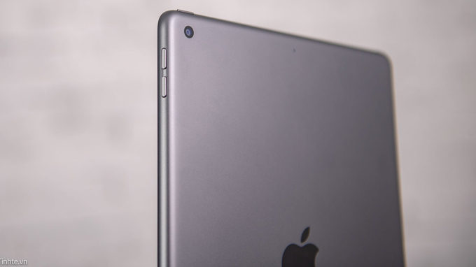 Camera iPad Gen 8 128GB 4G được trang bị 1 ống kính
