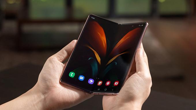 Cấu hình Galaxy Z Fold 2 5G được cung cấp sức mạnh từ chip xử lý hàng đầu